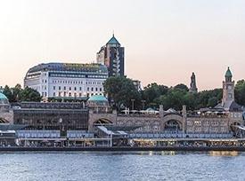 هتل هافن هامبورگ (4 ستاره)